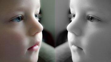 Sein Spiegelbild erkennen, ist Teil der Persönlichkeitsentwicklung (c) PublicDomainPictures / pixabay.de